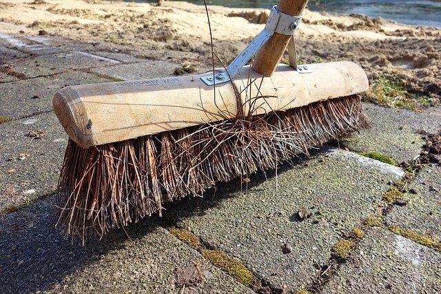 Burning the Bridges and Sweeping Floors – 1 Kings 18